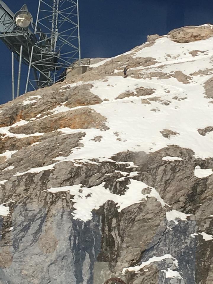 Zugspitze, Abstieg nach Sonnalpin